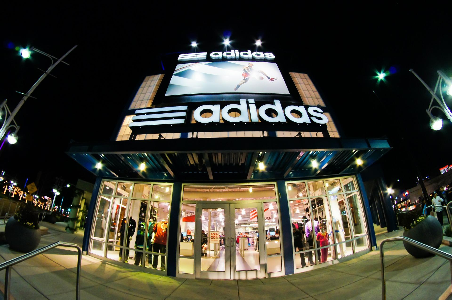 Adidas(アディダス) 福袋2020の値段や予約開始日は?中身のネタバレも紹介!